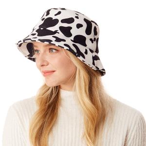 Bucket Hat 007b 04 LOF cow print white