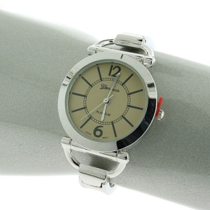 watch 698 08 round face open closure silver